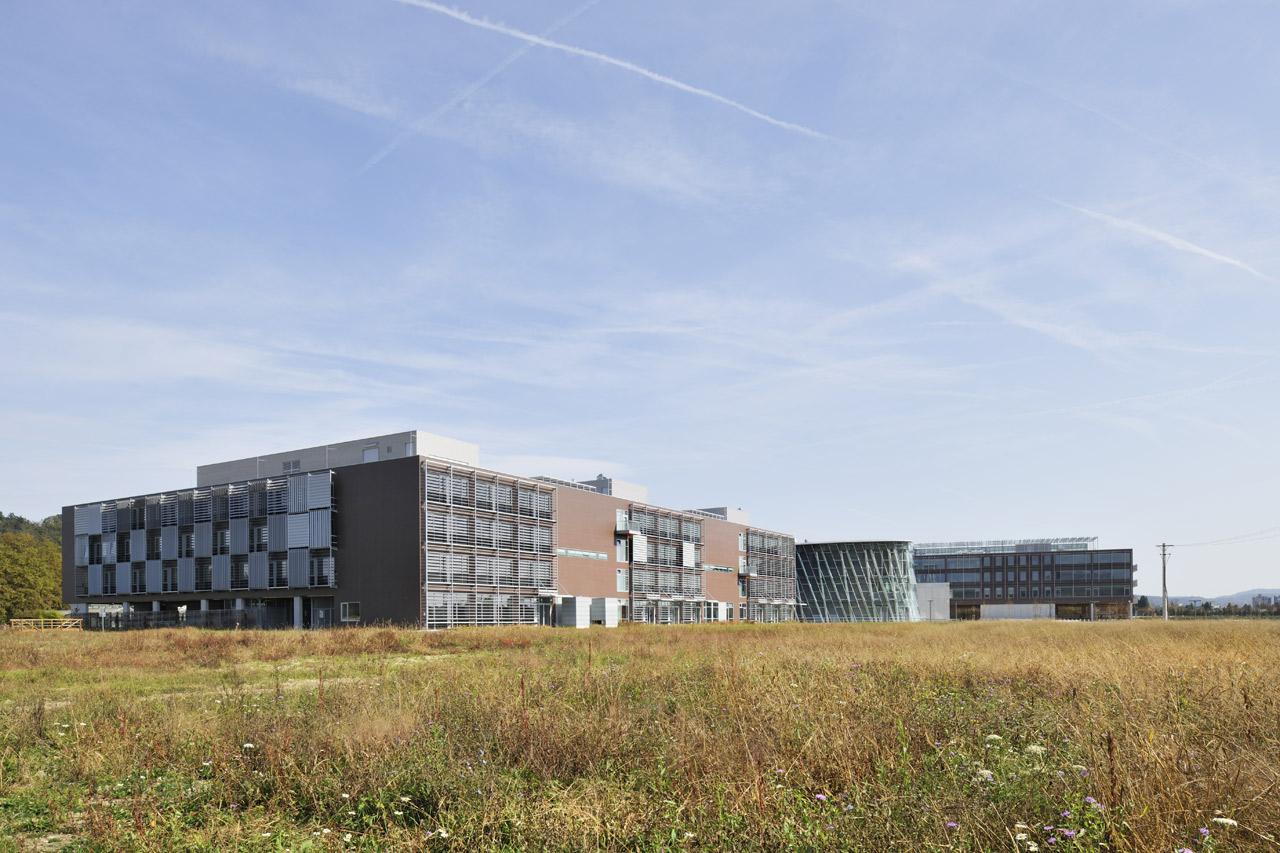 FRI FKKT Fakulteta za kemijo in kemijsko tehnologijo in Fakulteta za računalništvo in informatiko