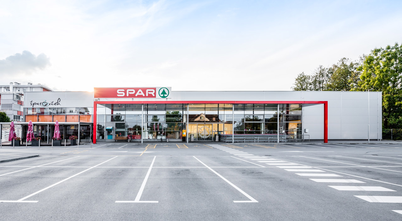 Spar Tacen Trgovski center Brod