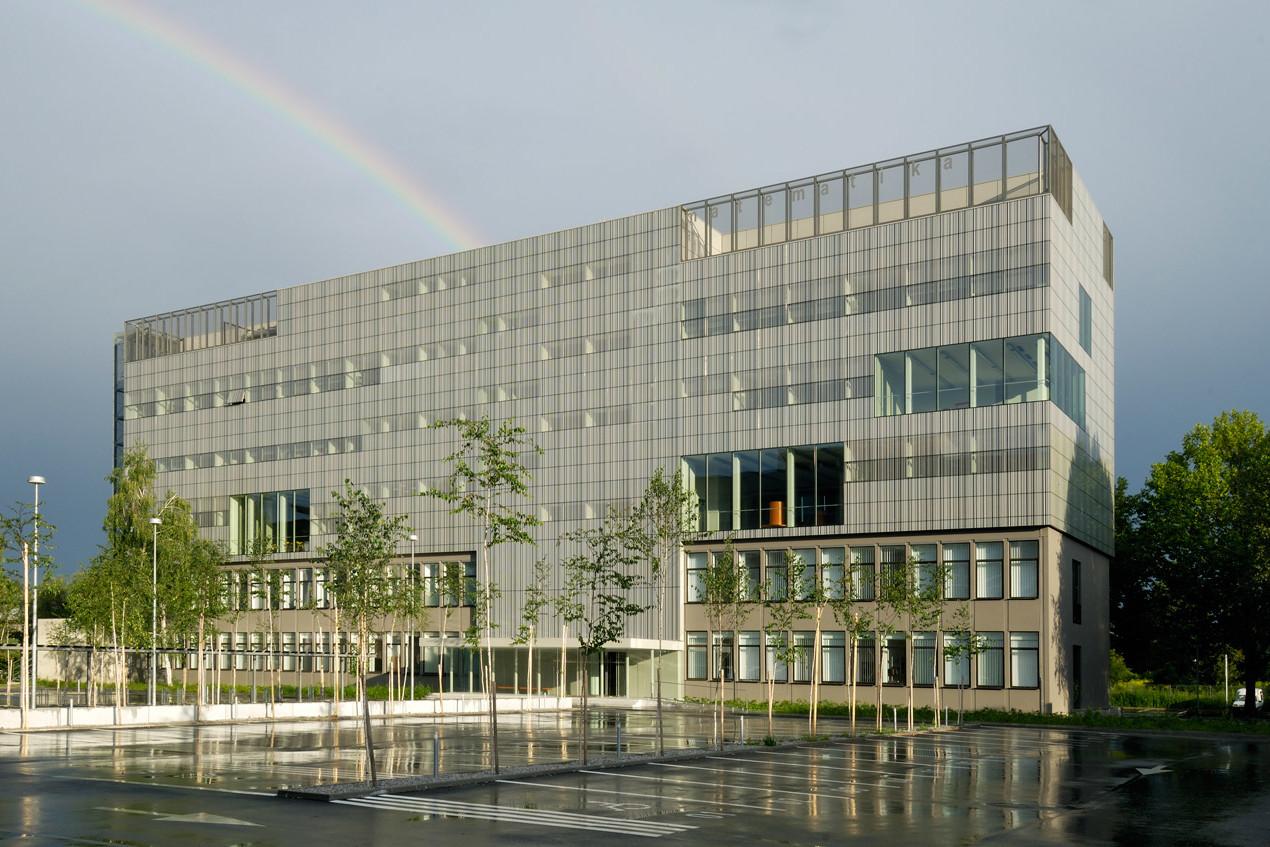 FMF Fakulteta za matematiko in fiziko
