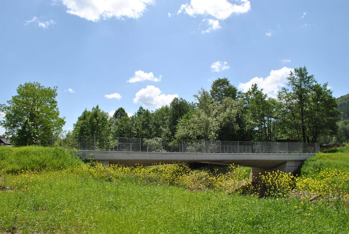 Nadomestna gradnja mostu čez reko Rinžo v Dolgi vasi