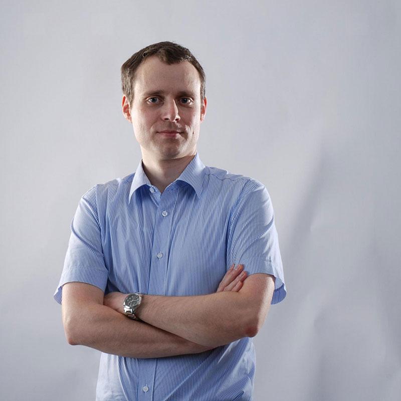 dr. Jaka Zevnik